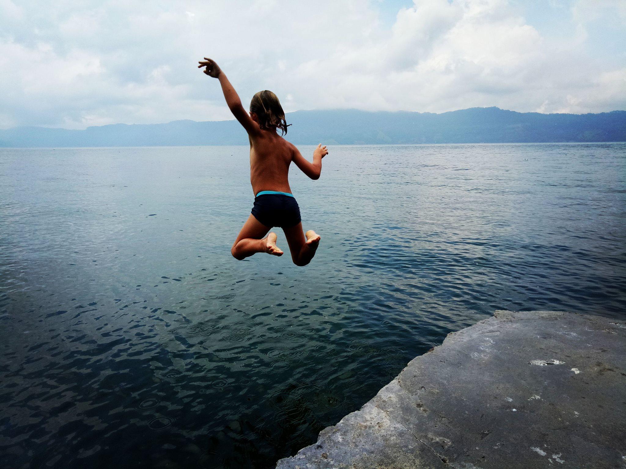 Lake Toba mit Kind